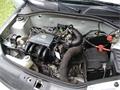 Clio motor 1.jpg