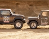 Jimny se vrací do minulosti a přijíždí v úpravě pro Dakar. Proměna není levná