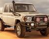 Toyota ukázala nový Land Cruiser. Vypadá jako ze staré školy a koupíte ho na jediném místě