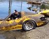 Jak vypadá auto po 20 letech v jezeře? Úžasný úlovek z Ameriky ukazuje vše