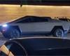 Tesla Cybertruck zachycena v provozu. Elon Musk jel elektrickým pick-upem na večeři