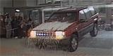 Jeep Grand Cherokee projel výlohou autosalonu. Nástupce se ukáže za 2 dny