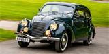 Majitel raritní Škody Rapid OHV jiné auto nepotřebuje. Veteránem jezdí i na nákupy