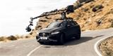 Jak vzniká profi reklama na auta? Jaguar vám to ukáže s kamerou za půl milionu