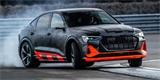 Audi představuje výkonný e-tron S. S trojicí elektromotorů překračuje hranici 500 koní