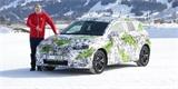 Nová Škoda Fabia je luxusnější. Už jsme ji řídili, bude to největší malé auto na trhu