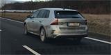 Nová Škoda Octavia RS opět ulovena. Tentokrát s dvířky v předním blatníku