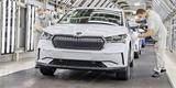 Škoda zastavila výrobu ve dvou závodech v Česku. Bude dokončovat odložené vozy
