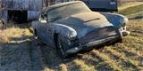 Aston Martin DB4 vyjel po 30 letech ze stodoly. Toto je dojemný příběh majitele