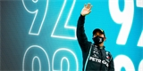 Pilot F1 Lewis Hamilton míří k titulu sira. Pro jsou Jackie Stewart i Boris Johnson