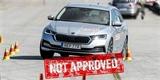I Škoda Octavia propadla v losím testu. Správnou cestu jí musela ukázat Corolla