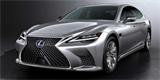 Lexus LS má po faceliftu. Je pohodlnější a tišší, o silné motory naštěstí nepřišel