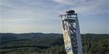 Ford nechal postavit nejvyšší šplhací věž světa. Kdo to dal jako první, vyhrál auto