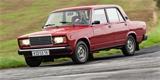 Luxusní VAZ 2107 stál o trochu více než Škoda Favorit. Překonal ji snad ve všem