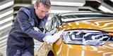 Renault zruší až 15.000 pracovních míst. Ušetřit chce i omezením produkce vozů