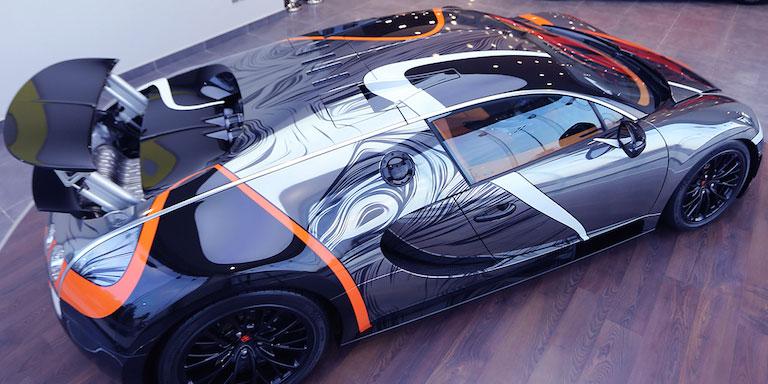 bdad3c38a2e Divoce polepený Bugatti Veyron Super Sport je na prodej v Saúdské Arábii –  AutoRevue.cz