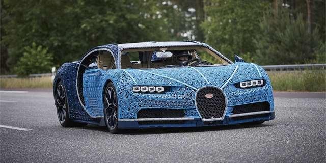 66036d65399 Tohle Bugatti Chiron postavili z Lega. Vznikalo v Kladně a je ...
