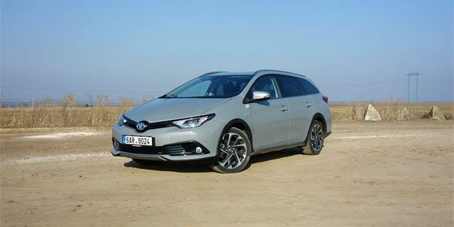 Toyota Auris Touring Sports Hybrid Freestyle