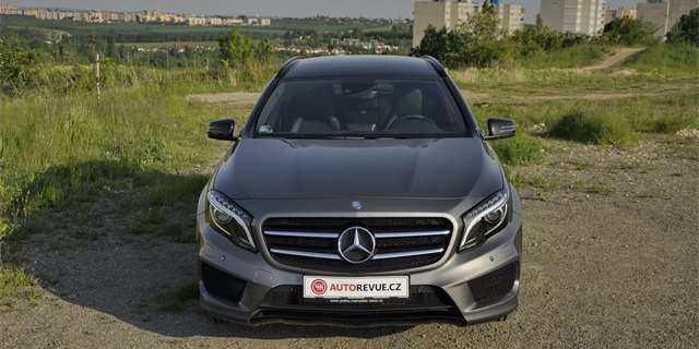 Test Mercedes-Benz GLA 220 CDI 4MATIC: Tohle není crossover