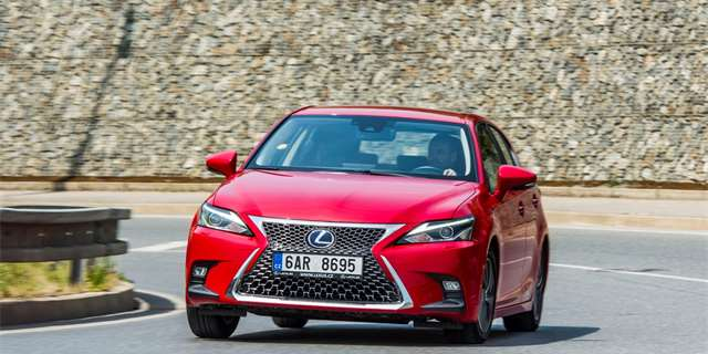 Lexus CT200h 2018 test