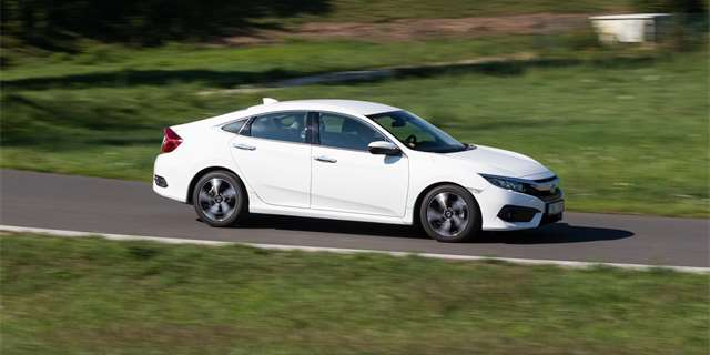 Test Honda Civic 1,6 i-DTEC Executive