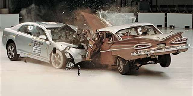 Bizarn Crash Test Chevrolet Bel Air 1959 Vs Malibu 2009 Video