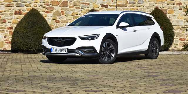 | Opel Insignia Country Tourer
