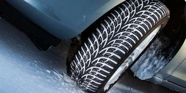 test zimn ch pneumatik 165 70 r14 kupujte rad ji zna kov. Black Bedroom Furniture Sets. Home Design Ideas