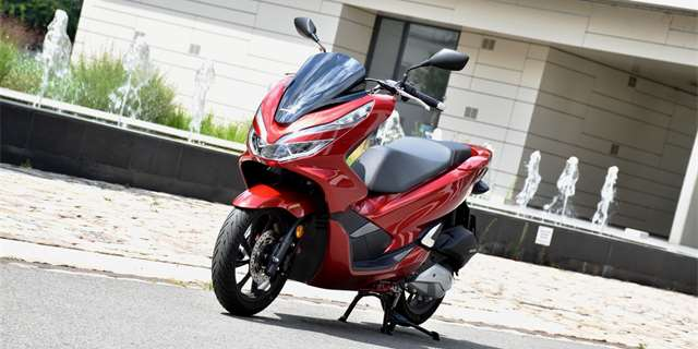 TEST Honda PCX125