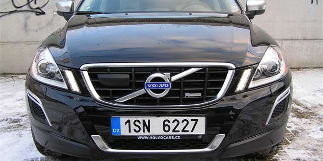 test volvo xc60 d5 awd suv z prvn ligy. Black Bedroom Furniture Sets. Home Design Ideas