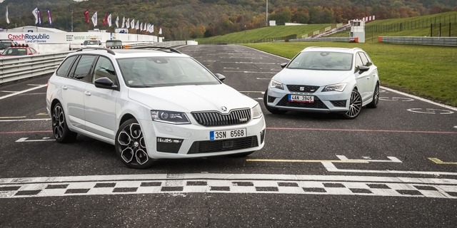 duel na okruhu seat leon st cupra vs koda octavia rs 230 combi. Black Bedroom Furniture Sets. Home Design Ideas