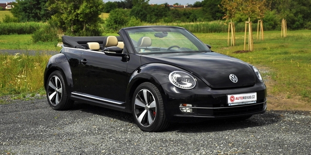test volkswagen beetle cabriolet 2 0 tsi nejstylov j. Black Bedroom Furniture Sets. Home Design Ideas