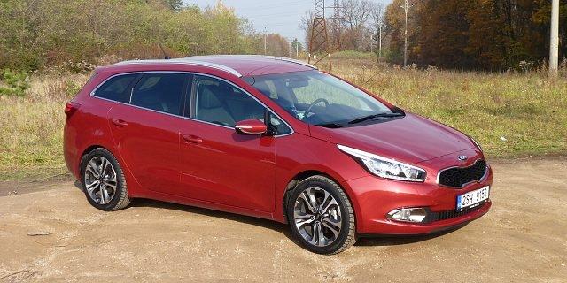 Srovnávací test: Hyundai i30 Kombi vs. Kia Cee'd SW - souboj ČR-SR 2/2 – AutoRevue.cz