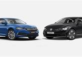 Škoda Superb iV vs. VW Passat GTE: V čem vězí ten cenový rozdíl 250.000 Kč?