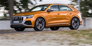 Minitest Audi SQ8 TDI quattro: Hot-hatch v obřím balení
