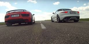 Drag Race: Audi R8 V10 Plus vs. Jaguar F-Type R AWD ve sprintu na 400 m
