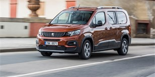 TEST Peugeot Rifter Long 1.5 BlueHDi EAT8: Komfortní univerzál