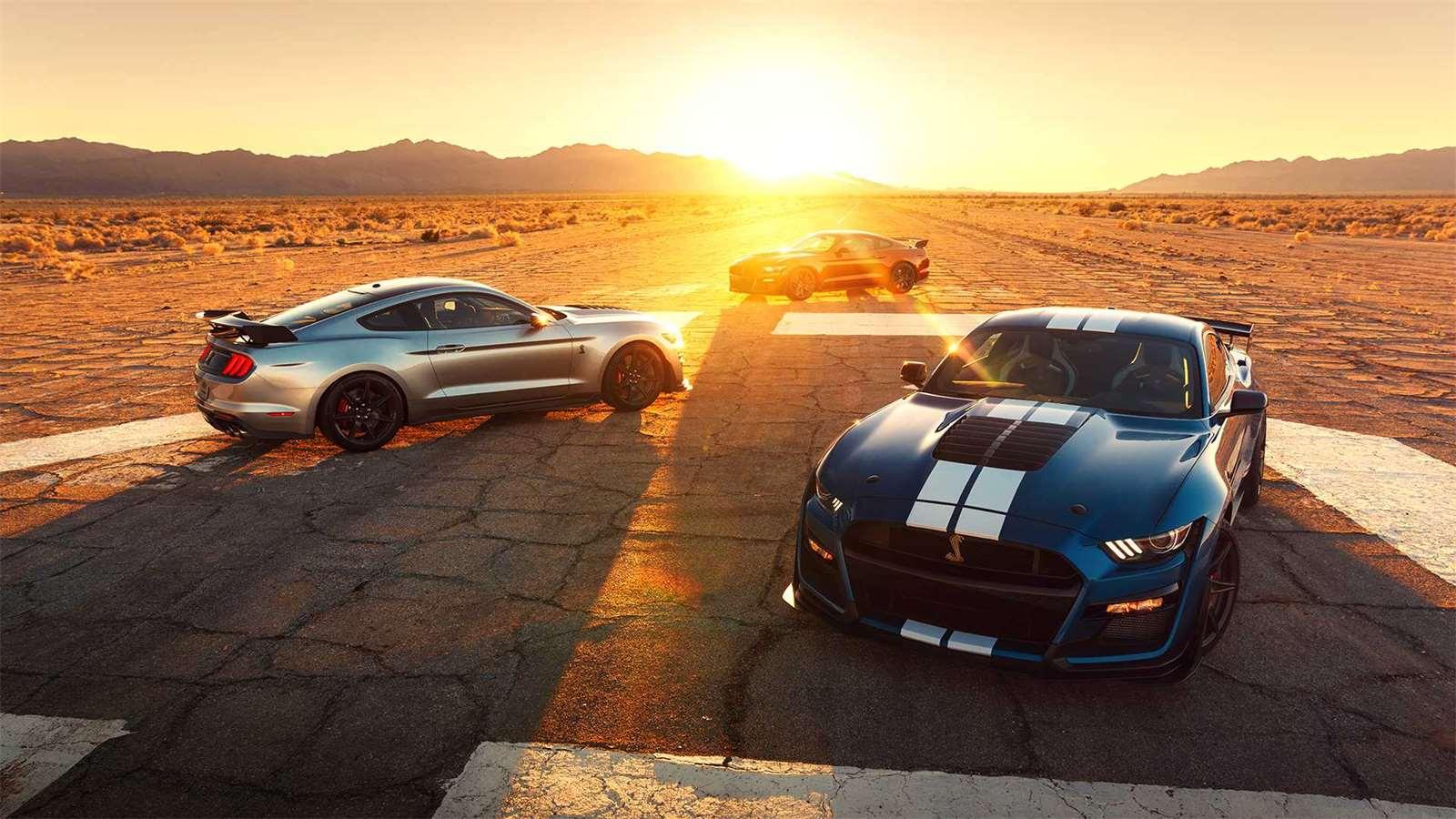 Co mají společného Ford Mustang Shelby GT500 a Chevrolet Corvette  Zavřít  galerii. Ford Mustang Shelby GT500 29eedb5d7e